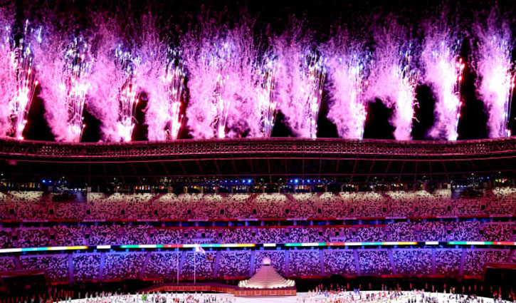 Tokyo Olympics open with Naomi Osaka lighting cauldron