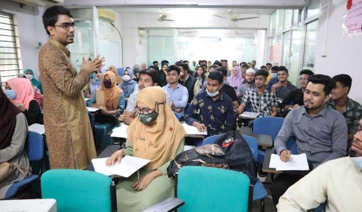 Tahmid Hasan: A successful English language trainer