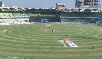 Bangladesh set to bat in 1st T20I as Australia win toss