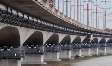 83,000 vehicles cross Bangabandhu Bridge in 48 hours