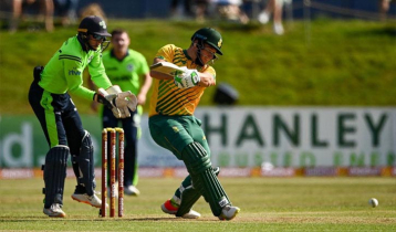 South Africa beat Ireland by 42 runs to win T20