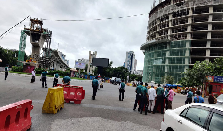 403 held in Dhaka on 1st day of strict lockdown