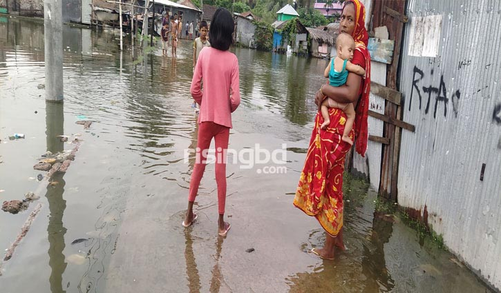 Low-lying areas flooded in Bagerhat
