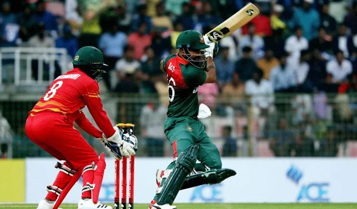 Bangladesh lose four wickets