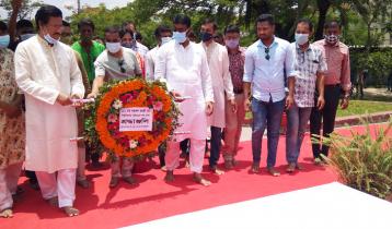 জাতীয় কবির জন্মদিন: জাককানইবিতে নজরুল ভাস্কর্য উদ্বোধন