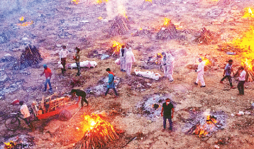ভারতে একদিনে আরও ৪০৯২ জনের মৃত্যু, শনাক্ত ৪ লাখের বেশি