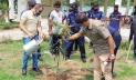 হবিগঞ্জ পুলিশ লাইন ও ফাঁড়িতে ৩৪০টি ফলের গাছ রোপণ