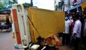হাসপাতালের বিছানা বাড়ি নিতে গিয়ে রমেক চিকিৎসক আটক