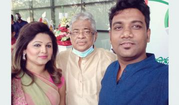 গাজী মাজহারুল আনোয়ারের কথায় গাইলেন মোমিন-দিঠি