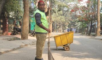'কাল্লু সুইপার'র গল্প বলবেন মোশাররফ করিম