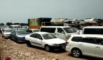শিমুলিয়া ঘাটে ৭ শতাধিক যানবাহনের সারি, চলছে ১৩ ফেরি