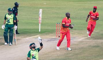 ৯৯ রানে অলআউট পাকিস্তান, জিম্বাবুয়ের সিরিজে সমতা