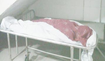 স্ত্রীর মরদেহ হাসপাতালে রেখে পালিয়েছে স্বামী