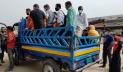 ছোট যানবাহনে বাড়ির পথে উত্তরবঙ্গের মানুষ