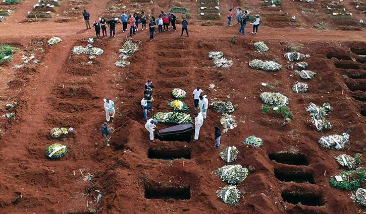 Brazil reports new record for daily COVID-19 deaths