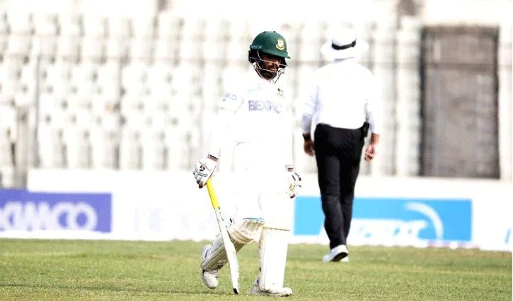 Mominul falls after 127 runs