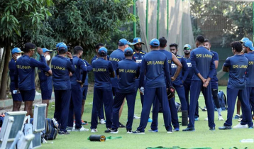 Sri Lankan players, coach test Covid-19 positive