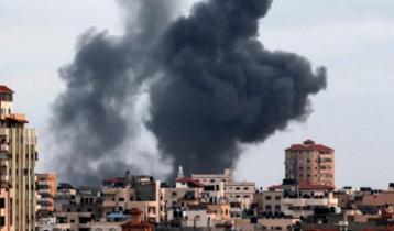 Israel launches air raids in Gaza again