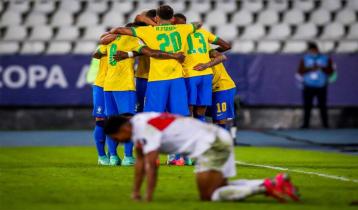 Brazil beat Peru with Neymar, Sandro goals