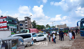 Crowds of Dhaka-bound people, long traffic jam at Aminbazar