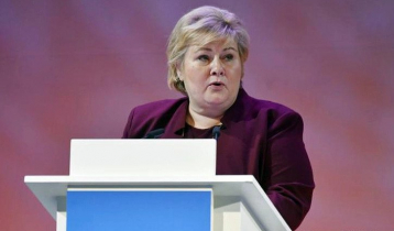 Norwegian PM fined for ignoring social distance