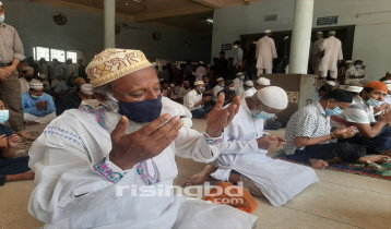 Masses pray for relief from Covid-19 at mosques
