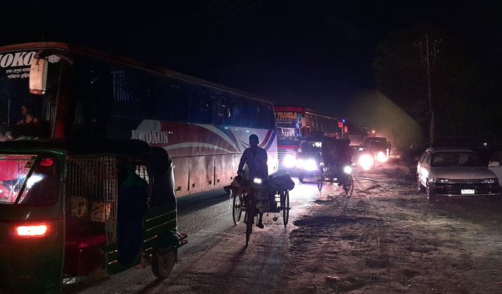 Long-haul buses running at night to evade police