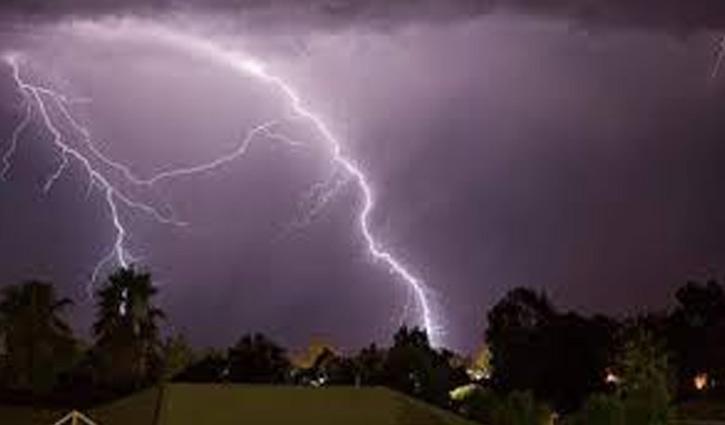Lightning strike kills 4 in Rajshahi
