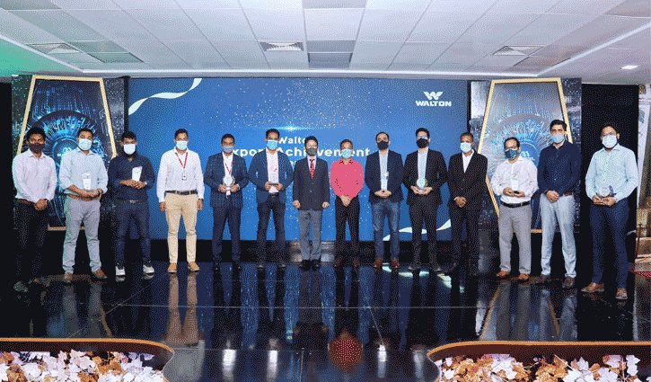Walton celebrates export achievement: 10 officials awarded
