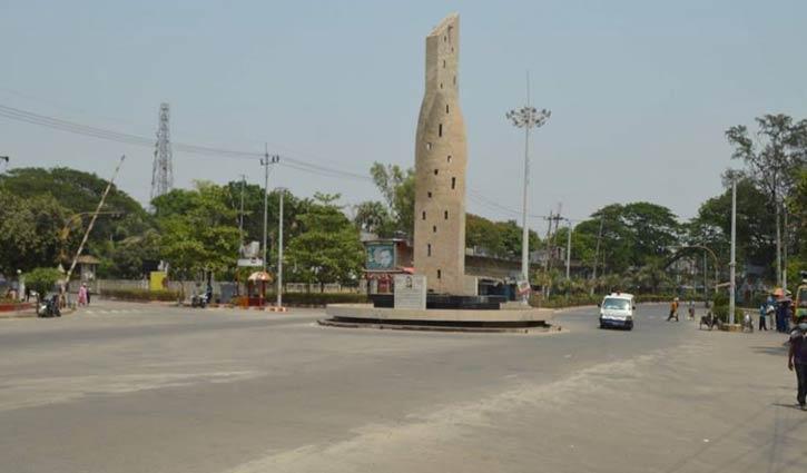রাজশাহীতে কঠোর লকডাউন, জনশূন্য পথঘাট