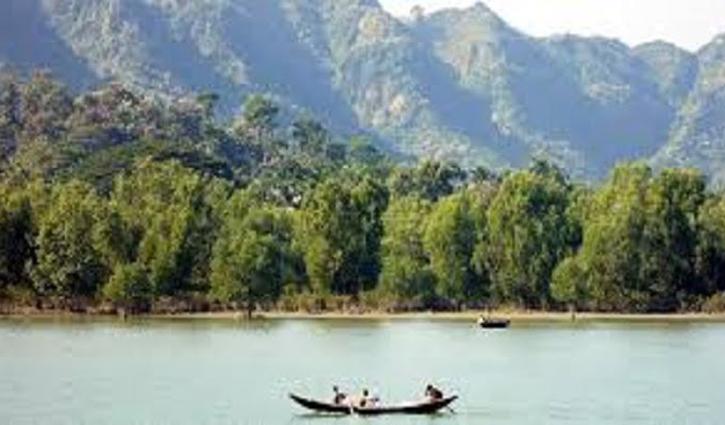 নাফ নদী থেকে ৩ 'রোহিঙ্গার' লাশ উদ্ধার