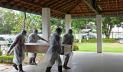 আশির্বাদপুষ্ট পানি দিয়ে করোনা দূর করতে চাওয়া ওঝার করোনায় মৃত্যু