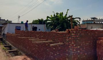 হাটের জমি দখল করে ভবন নির্মাণের অভিযোগ