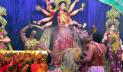 নাটোরে সিঁদুর খেলা-বির্সজনের মধ্য দিয়ে দুর্গোৎসবের সমাপ্তি
