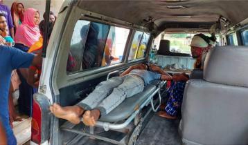 মুজিবনগরে দুটি মোটরসাইকেলের সংঘর্ষে ৪ জন আহত