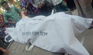 চাঁপাইনবাবগঞ্জের সড়কে মোটরসাইকেল আরোহীর মৃত্যু