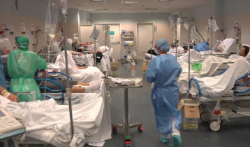 World sees a drop in Covid-19 infections, deaths