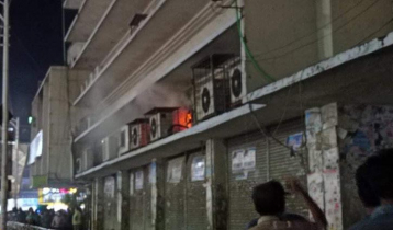 Fire at Chattogram city`s New Market doused