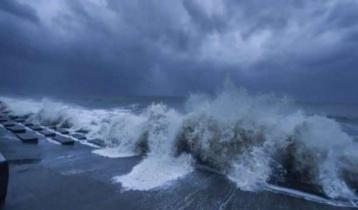 Two dead as cyclone Gulab slams into Andhra Pradesh