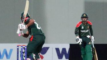 Tigers set 148-run target for Sri Lanka
