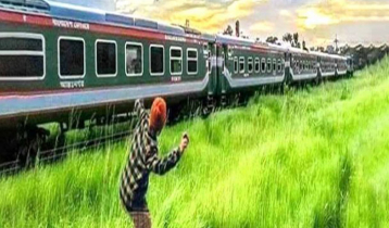 Tk10,000 reward for catching stone-throwers on train