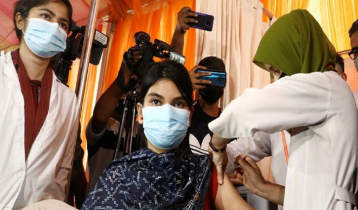 Dhaka residents receive more vaccines