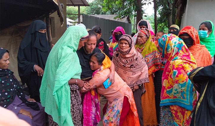 ৪ কিশোরীকে হারিয়ে পাইনশাইল এখন শোকের গ্রাম
